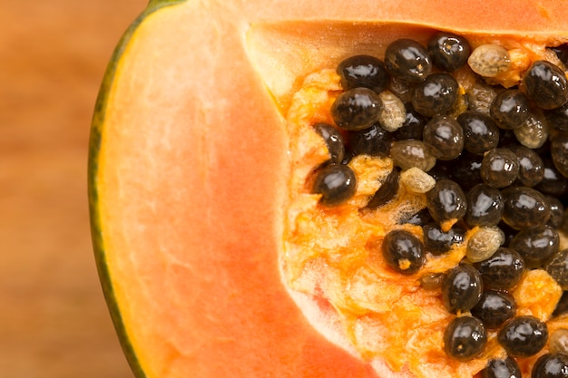 Zbliżenie nasion papai