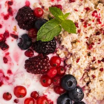 Zbliżenie naturalnych zdrowych deserów