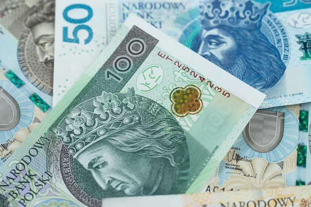 Zbliżenie polskich banknotów