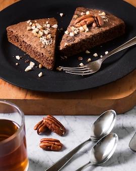Zbliżenie smaczne kawałki ciasta gotowe do podania