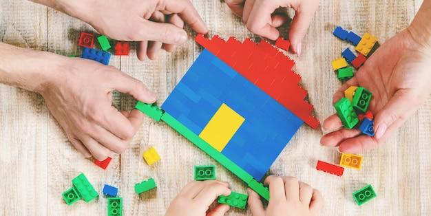 Zbuduj designerski dom lego.