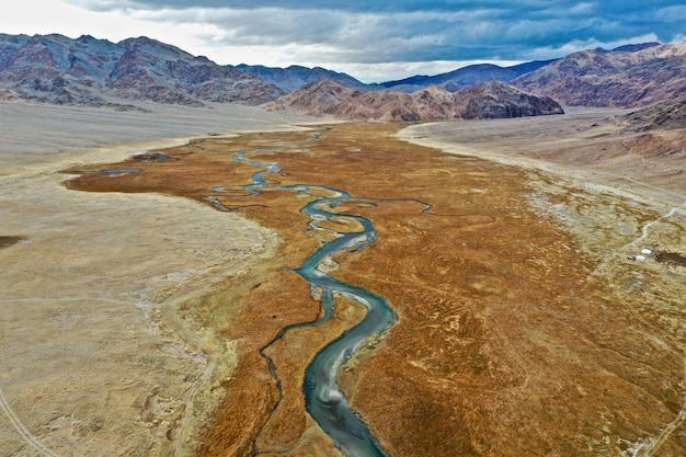 Zdjęcia Lotnicze Rzeki Orkhon W Mongolii Darmowe Zdjęcia