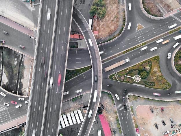 Zdjęcia lotnicze wiaduktu drogowego miasta qingdao