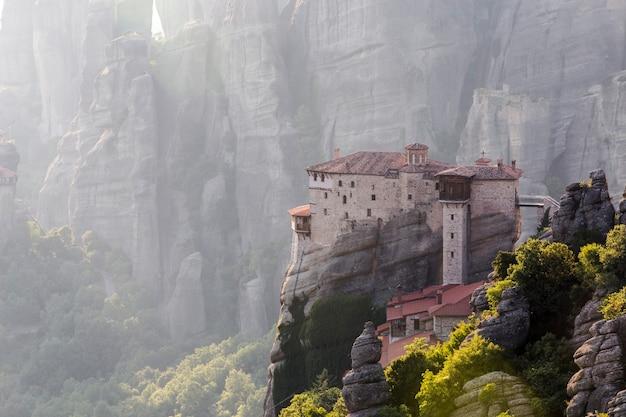 Zdjęcie klasztorów meteorów w grecji