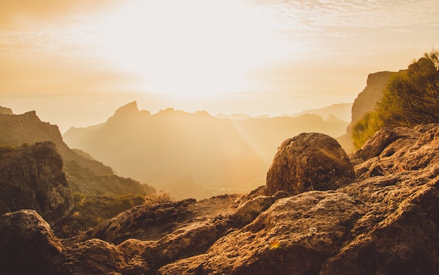 Zdjęcie krajobrazu wykonane przy serpentine road tf-436 w masca w hiszpanii