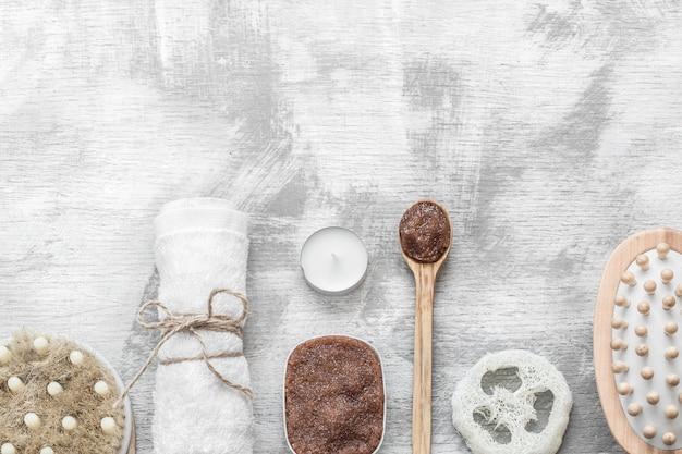 Zdjęcie leżące na płasko. spa-martwa natura przedmiotów do pielęgnacji skóry.