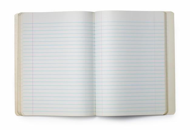 Zdjęcie otwartego pustego zeszytu na białej powierzchni.