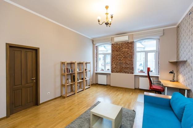 Zdjęcie wnętrza pokoju w nowoczesnym stylu loftowym