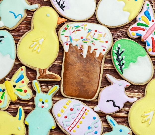 Zdobione wielkanocne ciasteczka