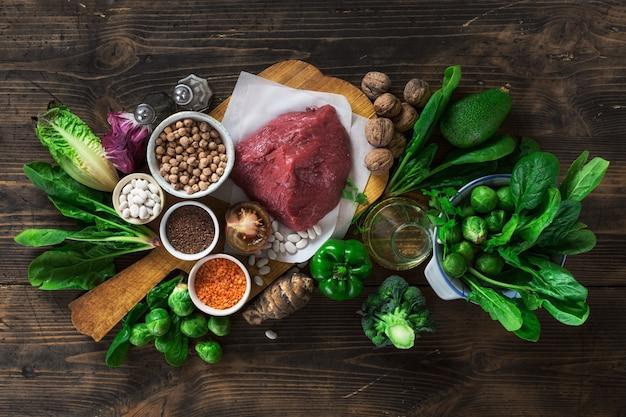 Zdrowa dieta i zbilansowane składniki odżywcze czyste jedzenie