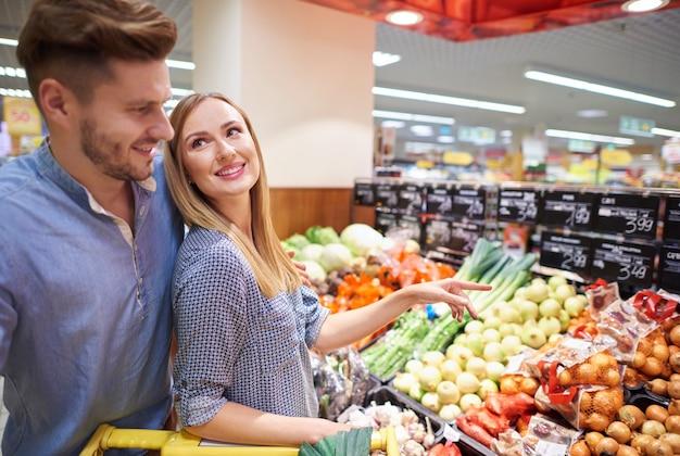 Zdrowe produkty zostały wybrane przez parę