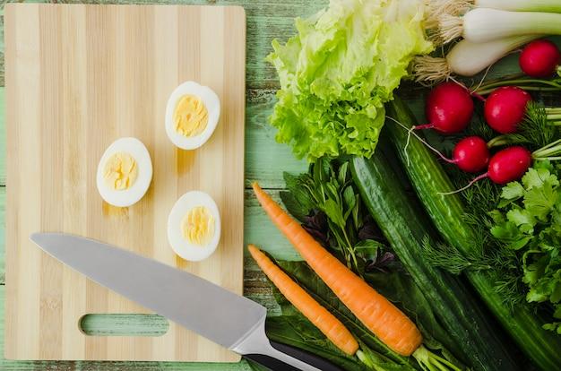 Zdrowe składniki zawarte w sałatce