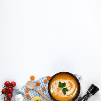 Zdrowe wegetariańskie jedzenie i przyprawy