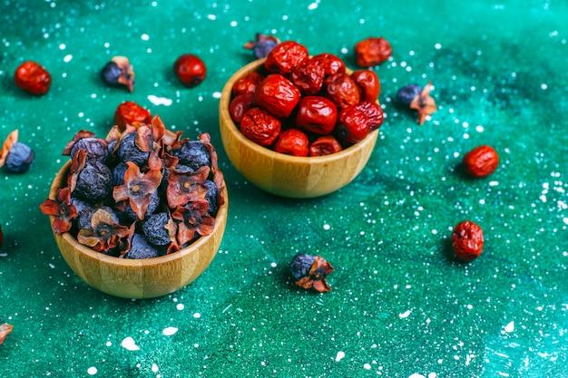 Zdrowy asortyment suszonych owoców