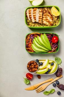 Zdrowy obiad w pudełkach