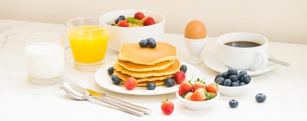 Zdrowy zestaw śniadaniowy
