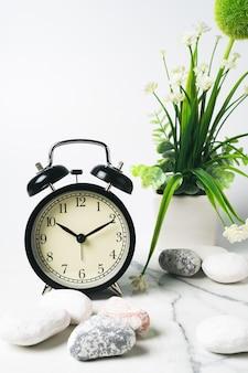 Zegar w stylu vintage do dekoracji