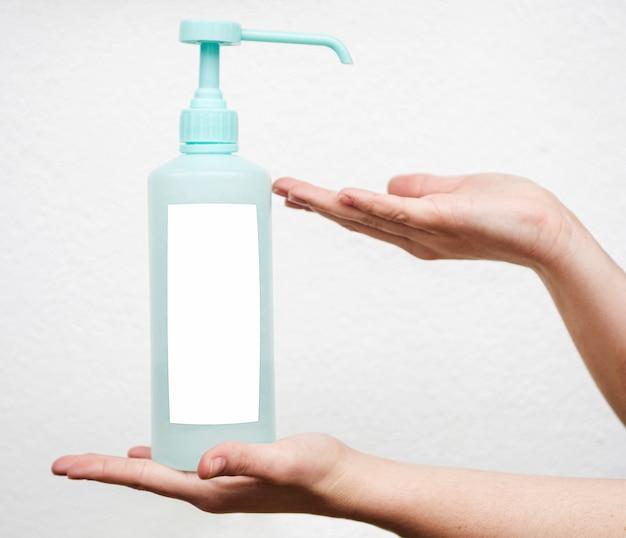 Żel myjący i dłonie