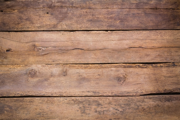 Zepsute deski drewniane