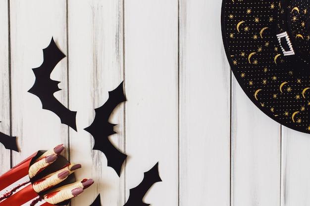 Zerwane palce i czarownica