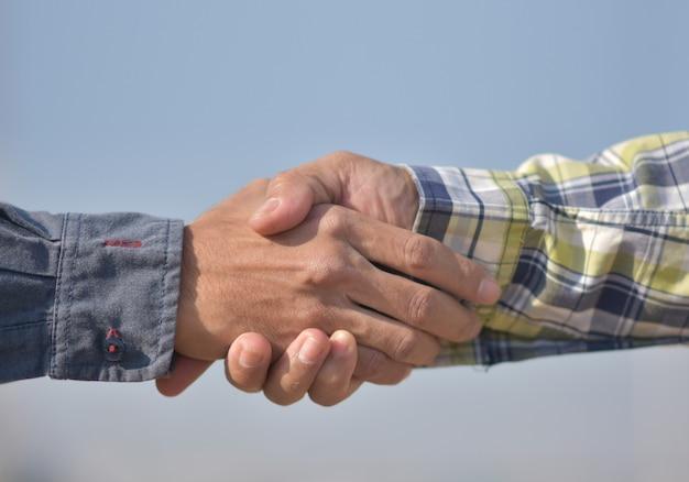 Zespół inżynierii budowlanej drżenie rąk sukces projektu