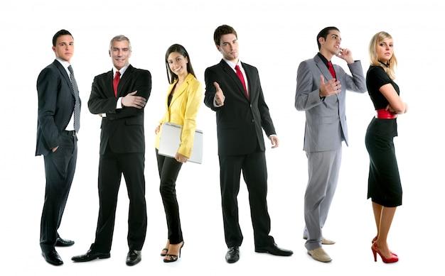 Zespół ludzi biznesu grupy tłum pełnej długości stoją na białym tle
