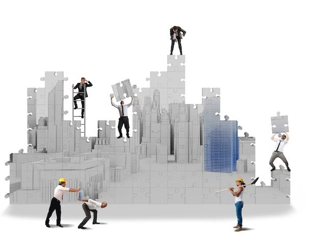 Zespół współpracuje przy tworzeniu projektów w 3d