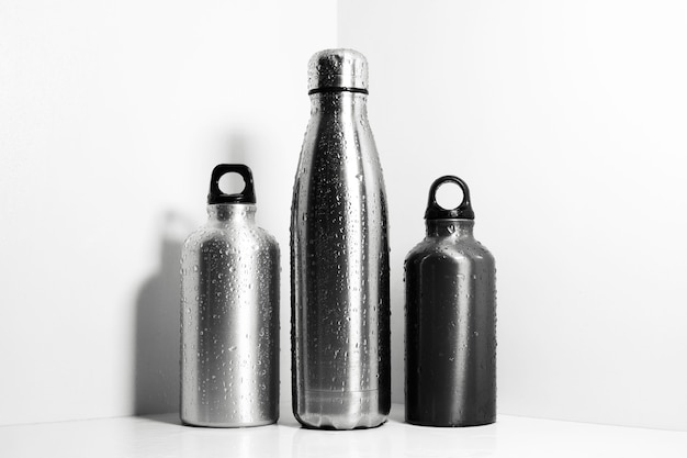 Zestaw aluminiowo-stalowych termosów wielokrotnego użytku w sprayu