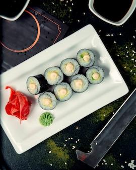 Zestaw do sushi i nasiona sezamu