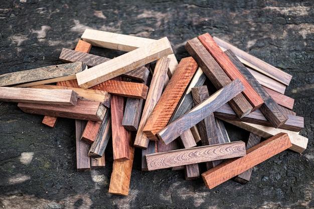 Zestaw egzotyczna natura drewna na wykroje długopis i biżuterię