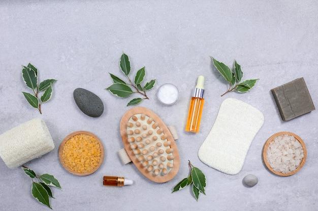 Zestaw ekologicznych gąbek do pielęgnacji ciała i kosmetyków naturalnych