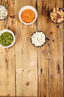Zestaw kolekcja fasoli i roślin strączkowych.