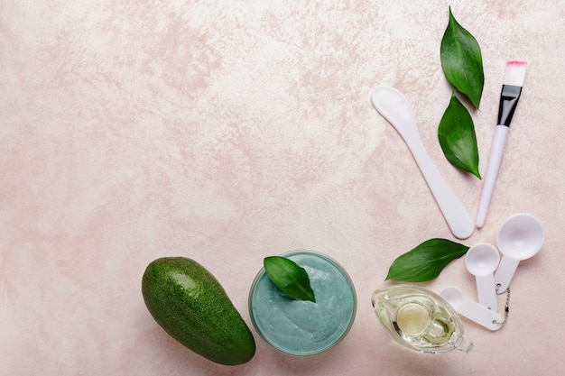 Zestaw kosmetyczny maseczka do twarzy avocado.