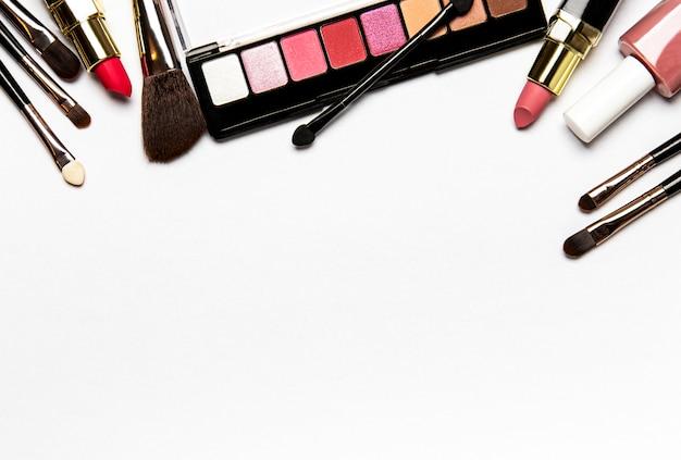 Zestaw kosmetyków dekoracyjnych tło