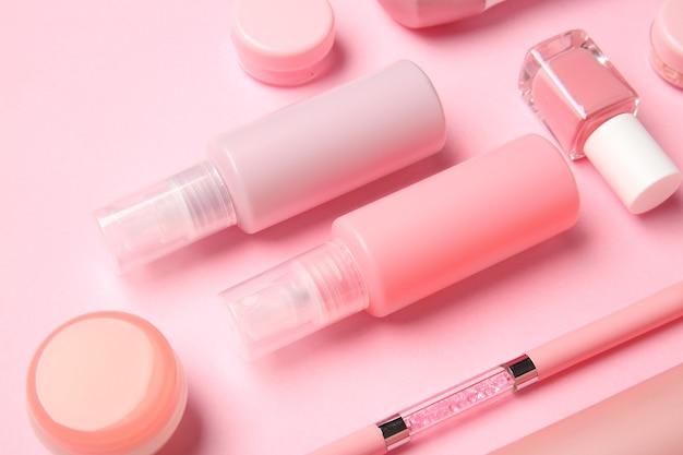 Zestaw kosmetyków podróżniczych