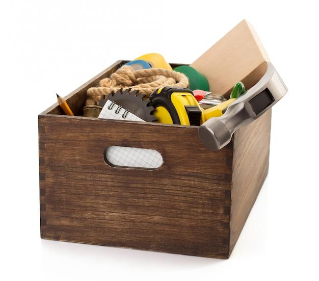 Zestaw narzędzi i instrumentów w przyborniku