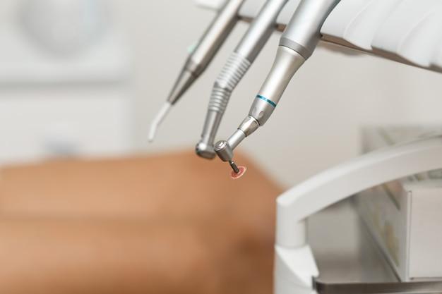 Zestaw narzędzi i wiertarka dental airsoft