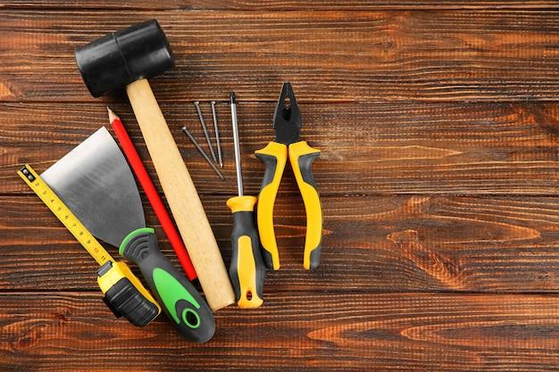 Zestaw narzędzi na drewniane