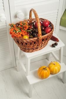 Zestaw owoców i warzyw na święto dziękczynienia