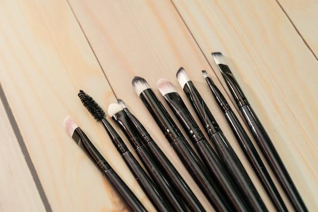 Zestaw pędzli kosmetycznych makijaż z bliska