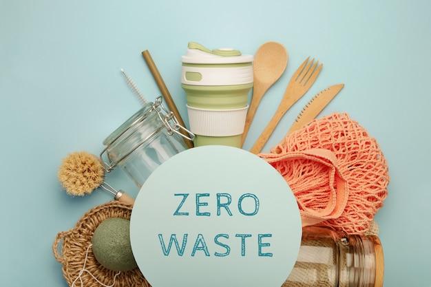 Zestaw produktów ekologicznych, rama koło z tekstem. koncepcja zero waste.
