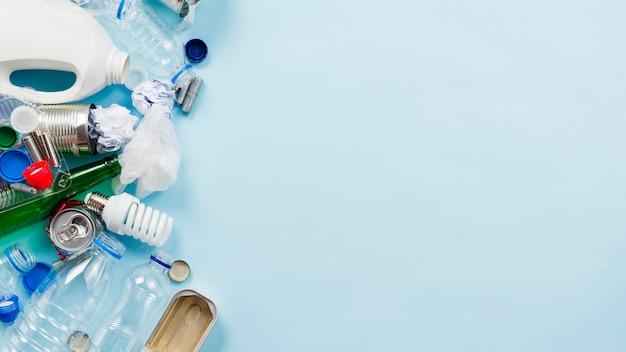 Zestaw różnych nieulegających biodegradacji śmieci