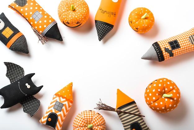 Zestaw różnych zabawek halloween