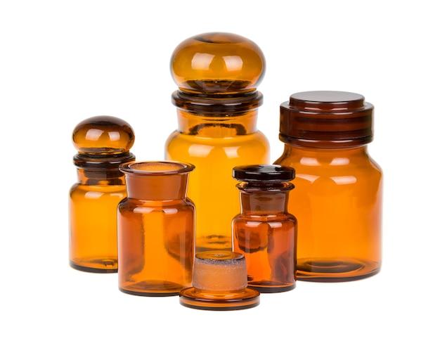 Zestaw starych brązowych butelek aptecznych