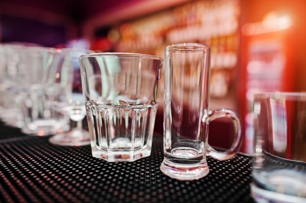 Zestaw szklanek z kolekcji na drinki