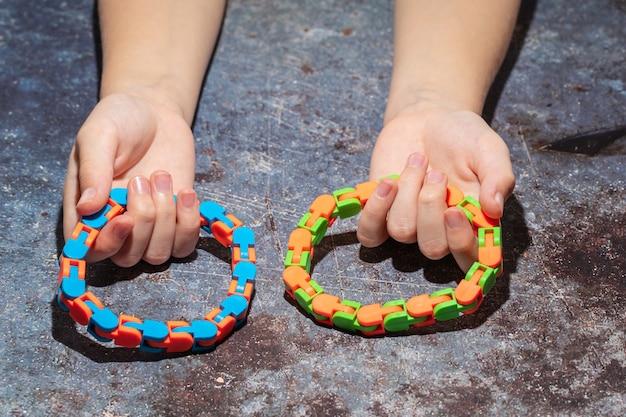 Zestaw zabawek sensorycznych hopoter, łagodzi stres i niepokój zabawka spinner łańcuch rowerowy utwór zabawki do ściskania zabawka antystresowa dla dorosłych i dzieci