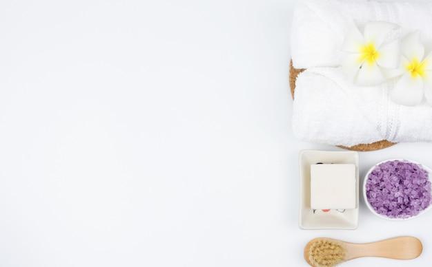 Zestawy ręczników do użytku w pokoju spa. zestaw do peel spa salt.