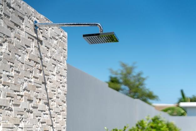 Zewnętrzna konstrukcja głowicy prysznicowej
