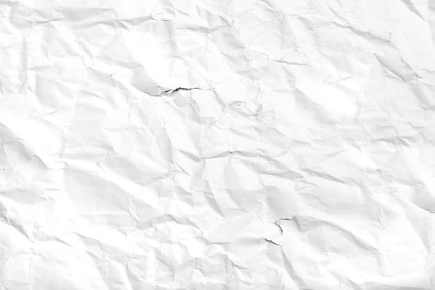Zgrane kawałek białego papieru