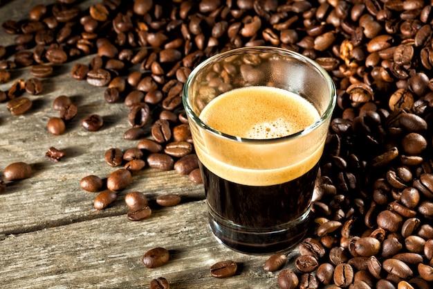 Ziarna kawy i espresso